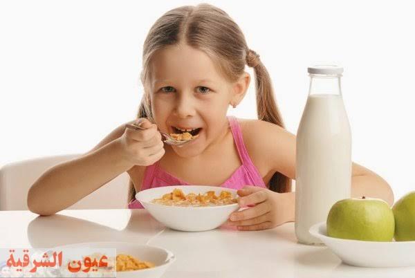 كيف تعودي طفلك على صيام رمضان