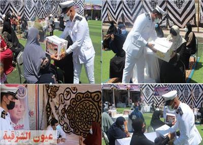 وزارة الداخلية ترسل قافلة طبية وتقدم مساعدات غذائية للأسر الأكثر إحتياجاً بالشرقية ودمياط