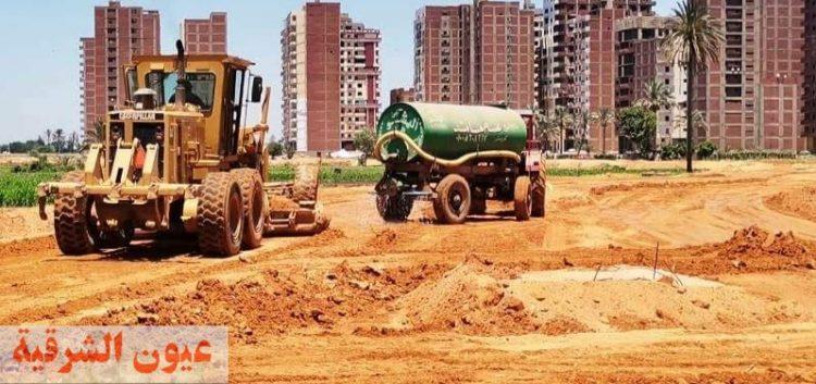 بدء تنفيذ أعمال المرحلة الثانية لرصف  الطريق الدائري الجديد بخليج الرملية بالزقازيق