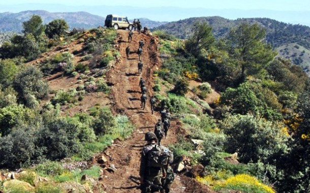إرهابيان يسلمان نفسيهما للسلطات العسكرية بالقطاع العملياتي لعين قزام