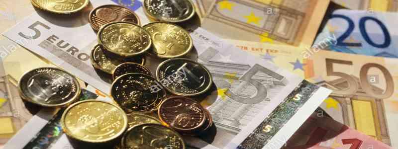 Banknotų paradoksas, arba kas daro įtaką grynųjų pinigų paklausai?