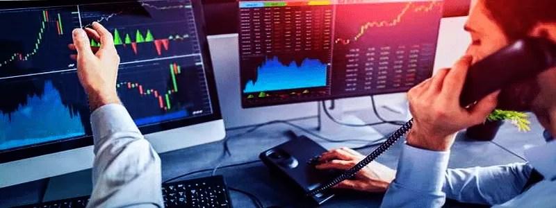 Kriptorinkų apžvalga 2021-10-12. Bitcoin kainai senos naujos prognozės