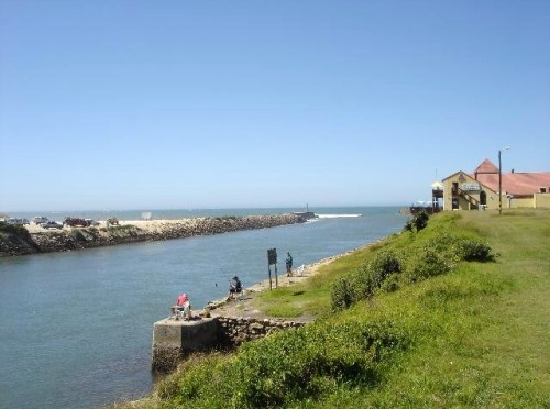 Kowie River Mouth - Port Alfred