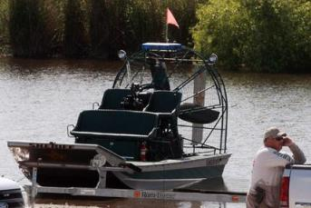 Airboat Collision 02