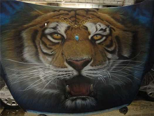 Airbrush Tiger Car Hood 34 - Airbrush a Tiger on The Car Hood Without Any Stencil