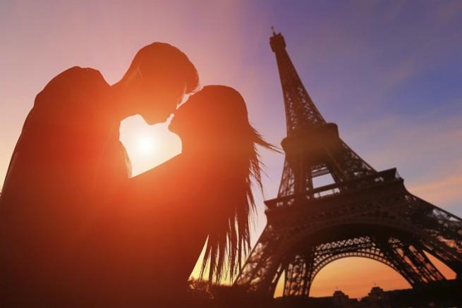 Weekend In Paris Valentines Day Getaway ACA Paris Jet