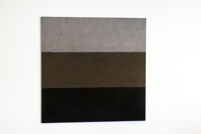 HASSO VON HENNINGES - grau -  pastellkreide/leinwand - 110x110cm - 2005