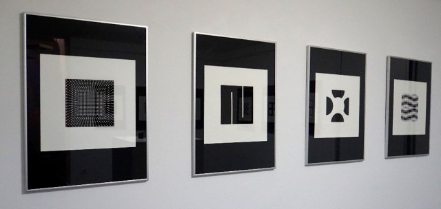 ABSOLUTELY BLACK AND WHITE - JEFREY STEELE - JOEL STEIN - JULIJE KNIFER - RICHARD ANUSKIEWICZ
