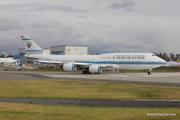 PHOTOS: State of Kuwait Boeing BBJ 747-8 and Others at ...