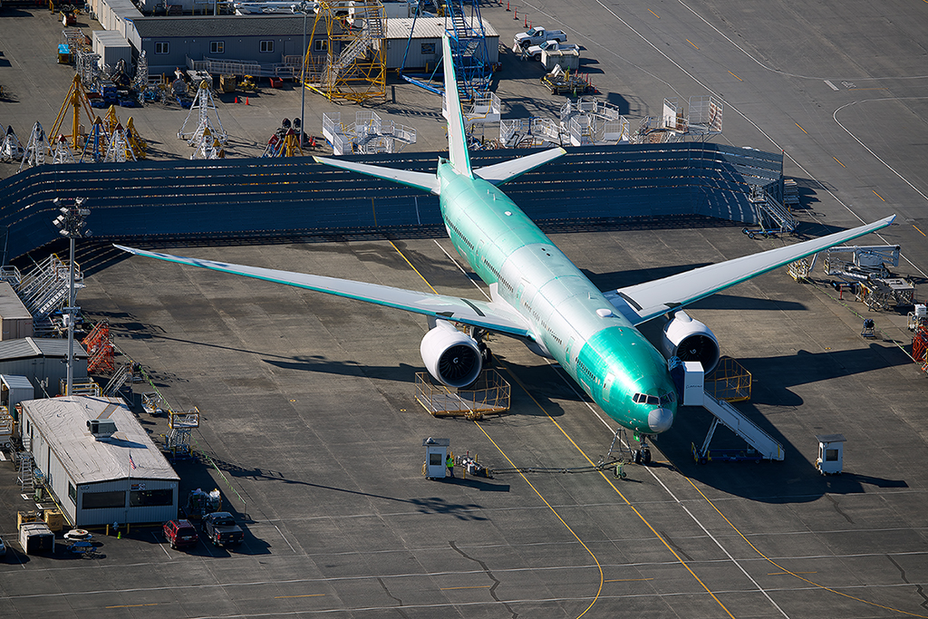 Resultado de imagen para Boeing 777-9 assembly