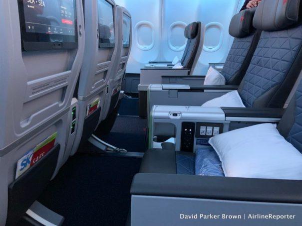 Delta Premium Select Seat