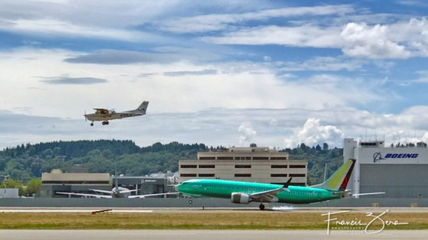 Always lots going on at BFI - that's an Air Canada B737 MAX 8 fresh from the Renton plant, landing next to one of Galvin's C172s