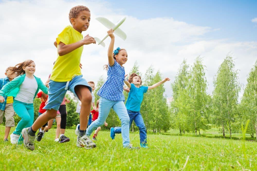 5 astuces pour occuper les enfants