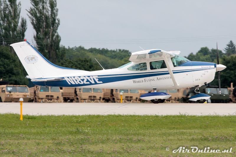 N182VE Cessna 182L Skylane