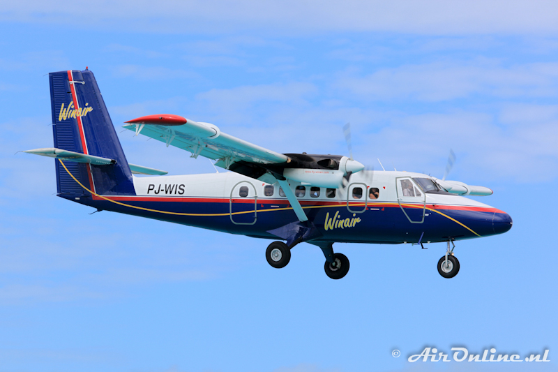 PJ-WIS De Havilland Canada DHC-6-300 Twin Otter - Winair, Sint Maarten 05/01/2011