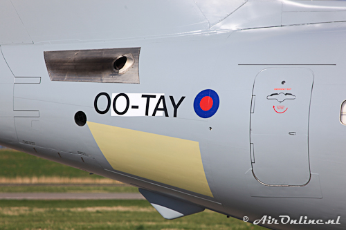 OO-TAY BAe 146-200QC Royal Air Force (registratie ZE707 nog afgeplakt)
