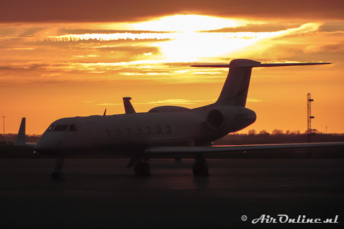 N785QS Gulfstream G550 Netjets in the eveningsun