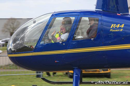 PH-PEZ Robinson R44 Raven II (Blije gezichten!)