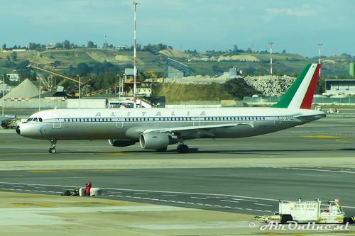 EI-IXI Airbus A321-112 494 Alitalia in retro c/s