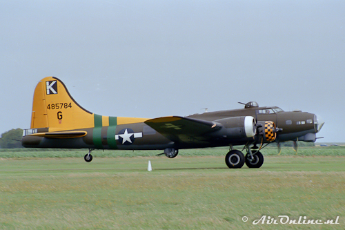 G-BEDF / 485784 Boeing B-17G Flying Fortress