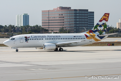 VP-CKY Boeing 737-3Q8 Cayman Airways
