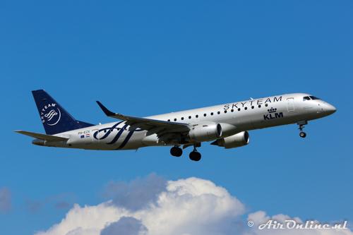 PH-EZX Embraer 190-100STD KLM CityHopper
