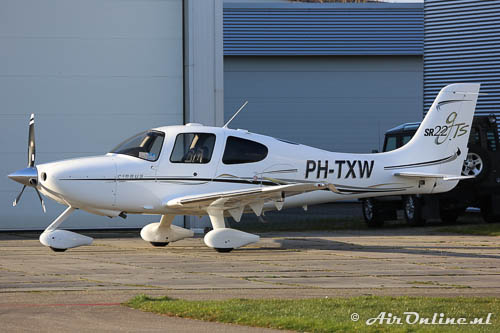 PH-TXW Cirrus SR22 GTS