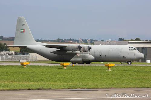 1215 Lockheed L-100-30 Hercules UAE Air Force op Payerne als ondersteuning van Al Fursan