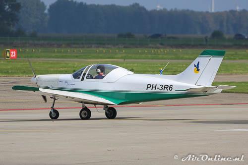 PH-3R6 Alpi Aviation Pioneer 300-N uit Middenmeer