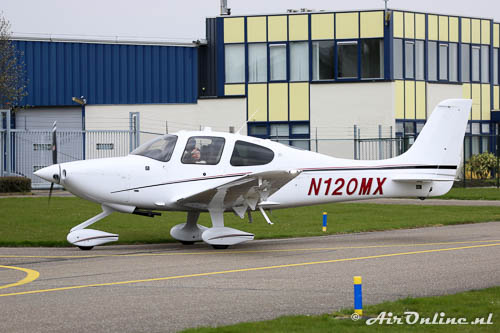 N120MX Cirrus SR20-G3 vanuit Rotterdam
