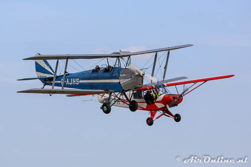G-AJHS De Havilland DH-82a Tiger Moth + PH-VCY Piper PA-18-95 Super Cub