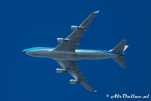 PH-BFT Boeing 747-406(M) KLM Royal Dutch Airlines overflying Lelystad