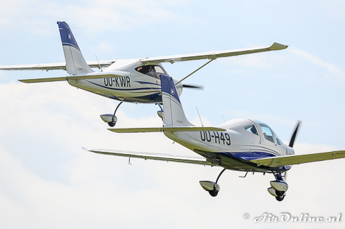 OO-KWR Tecnam P-2008JC + OO-H49 Tecnam P-2002 Sierra