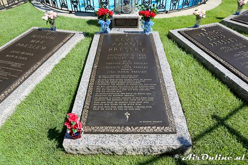16082017 De Vliegtuigen Van Elvis Presley In Graceland