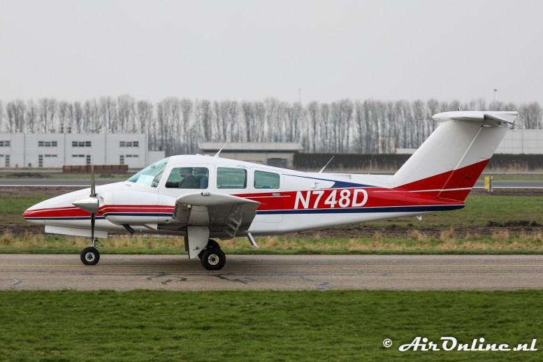 N748D Beech 76 Duchess