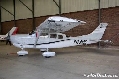 PH-AMC Cessna T206H Stationair TC