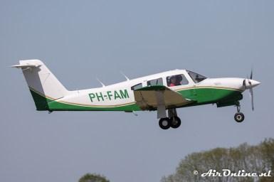 PH-FAM Piper PA-28RT-201T Turbo Arrow IV