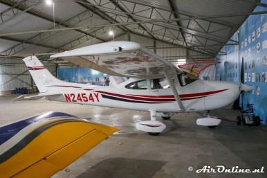 N2454Y Cessna 182S Skylane