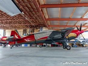 RJF 02 Extra EA-330LX
