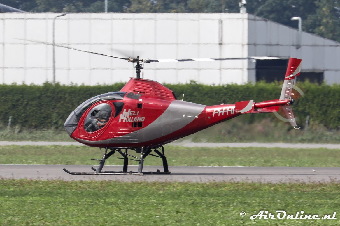 PH-HHB Sikorsky S-333