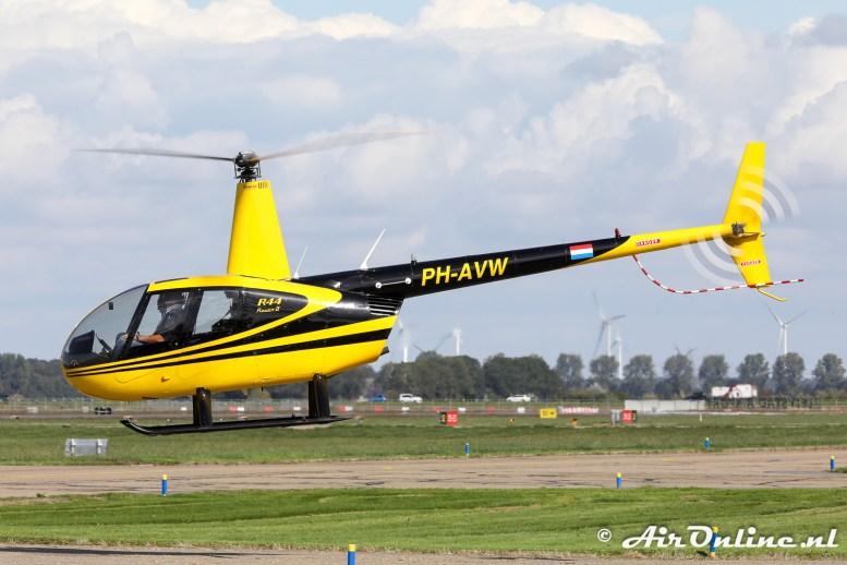 PH-AVW Robinson R44 Raven II