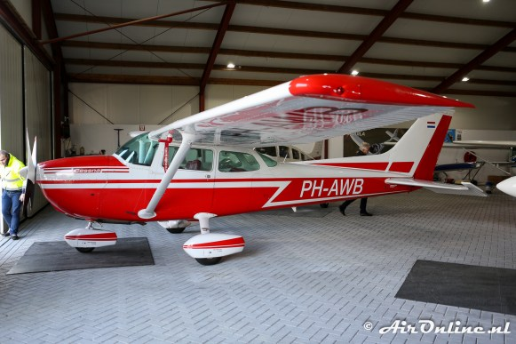 PH-AWB Cessna 172N Skyhawk