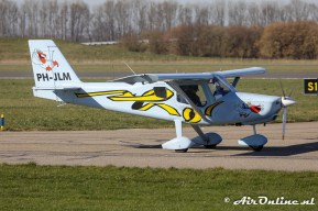 PH-JLM Ultravia Pelican PL
