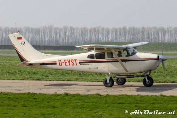 D-EYST Cessna 182C Skylane