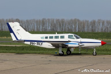 PH-RLY Cessna 402B Businessliner