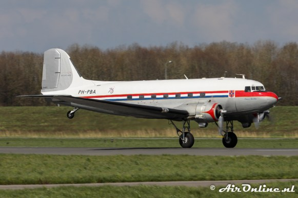 PH-PBA Douglas DC-3C Dakota