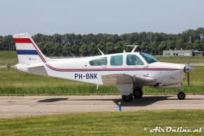 PH-BNK Beech F33C Bonanza