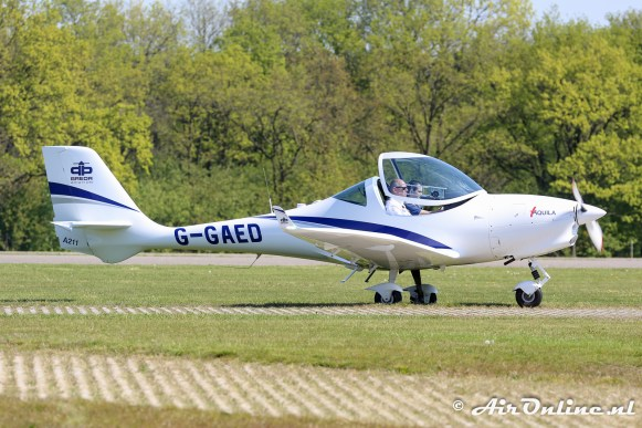 G-GAED Aquila A211 werd...