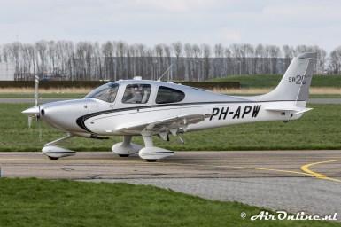 PH-APW Cirrus SR20 GTS