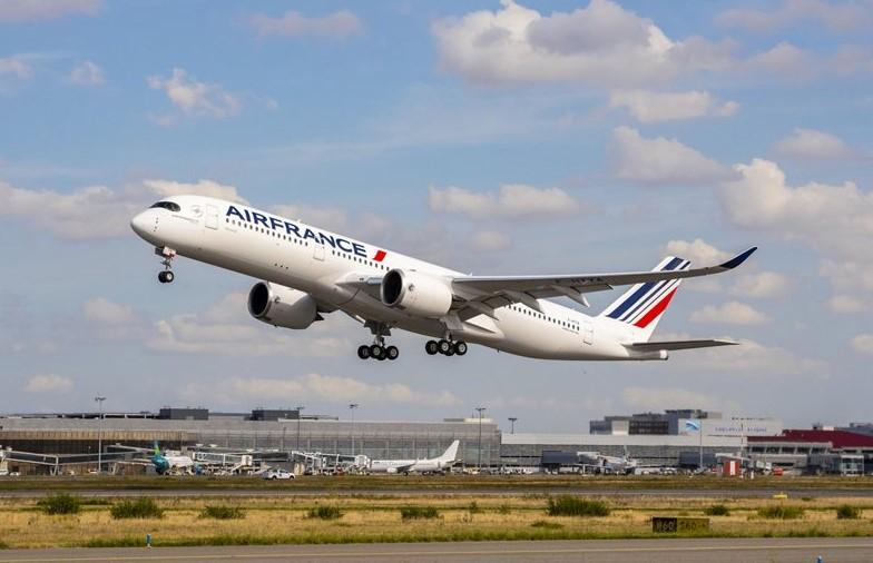 A350-900-Air-France-MSN331-ferry-flight-take-off (2)